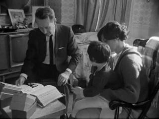 Salesman (1968) Opening sequences - One Minute film school: editing documentaries