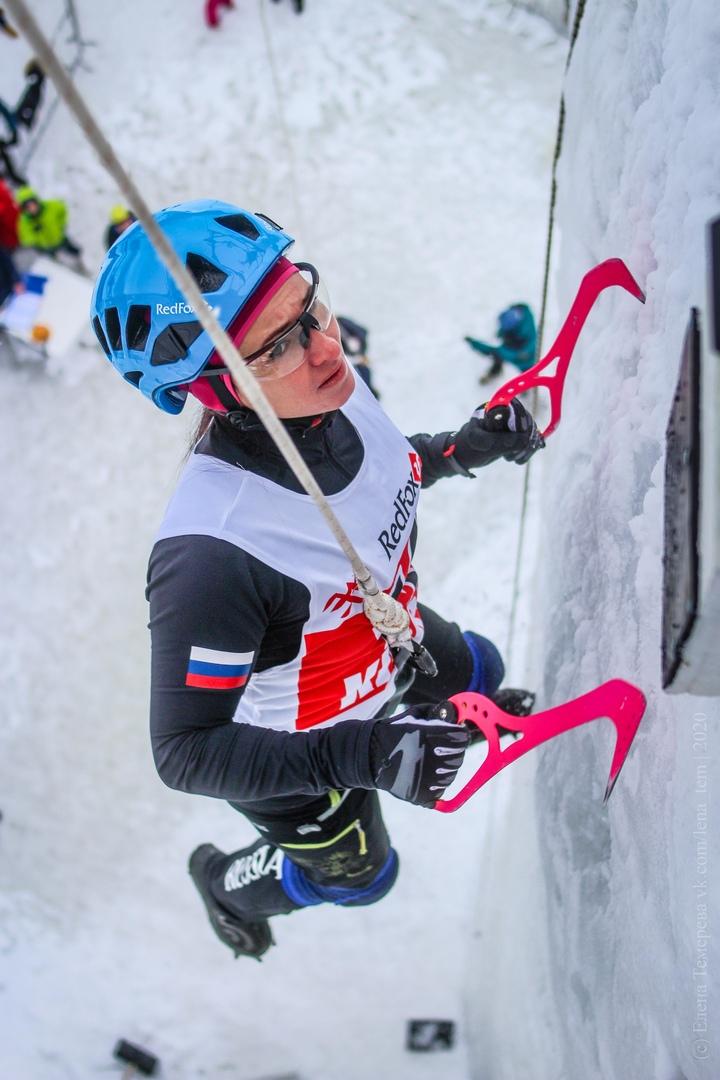 Главные отечественные ледолазные старты сезона финишировали в городе Кирове в минувшие выходные – чемпионат и первенство России по альпинизму. Всем было что доказывать и что терять…, изображение №67