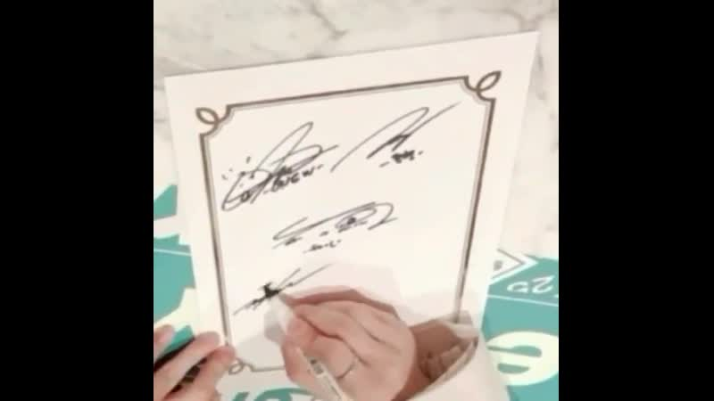 Taemin is really out there forging his members' signatures that fast