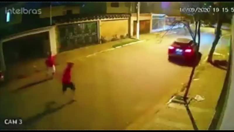 Очередные бандиты с безупречным планом по грабежу автомобилей
