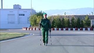 Бердымухамедов занялся скандинавской ходьбой и испытал новую BMW в дрифте