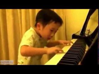 Невероятно талантливый китайский ребенок