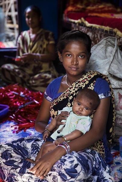 Хрупкая красота мам со всего мира в проекте Михаэлы Норок