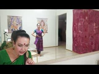 МК Элеоноры и Ангелины Ухановых Четкость и легкость. 10 секретов техники Бхаратанатьям. Фрагмент 2