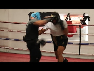 *EXCLUSIVE* - JOE JOYCE & ALEN BABIC GO AT IT IN UNSEEN SPARRING FOOTAGE / 10 DAYS OUT - #JOYCETAKAM