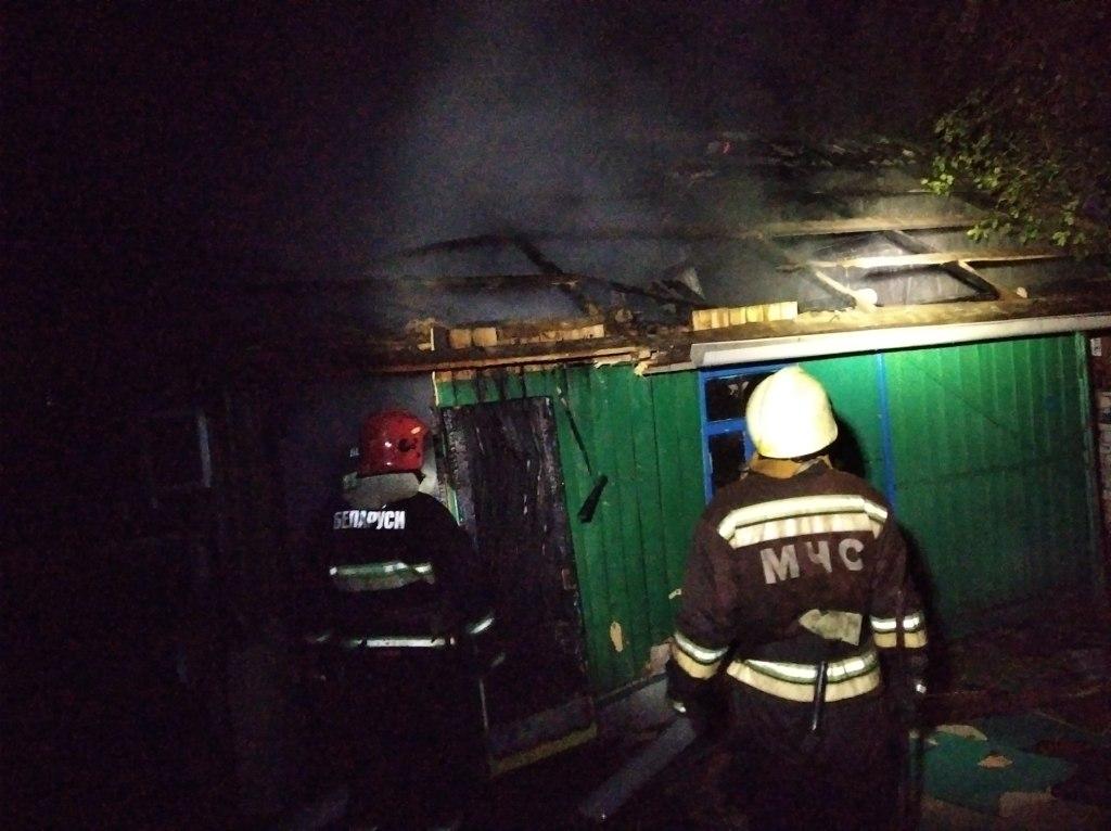 Хозяйственная постройка горела в Лидском районе.