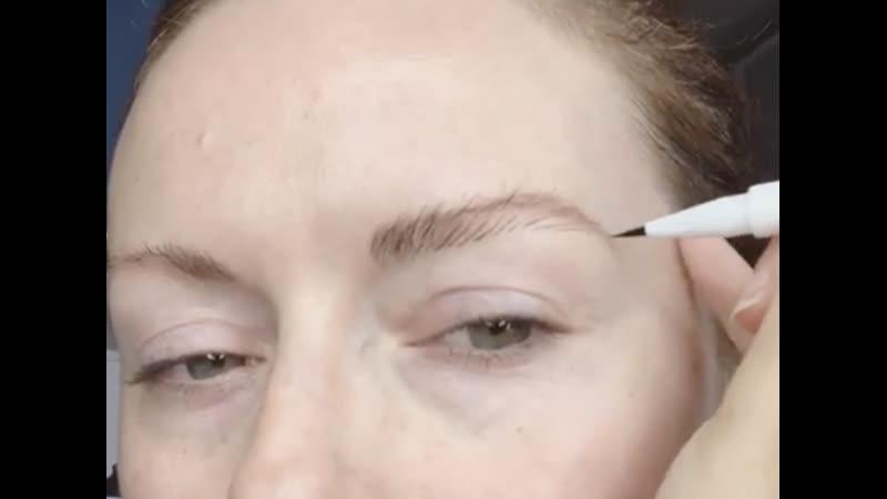 Glossier brow flick - Zero to 100 brows in 60secs
