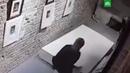 """НТВ on Instagram """"Две девушки делая селфи на выставке в Екатеринбурге уронили шедевры Дали и Гойи и сбежали У одной из работ сломалась рама и р"""