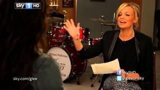 """Emma Buton entrevista Melissa Benoist para o """"I Heart Glee"""""""