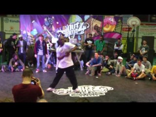 OUT4FLAME 2014 hip hop judge demo:Sly, Niako, Loose Joint.