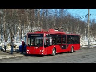 Поездка на троллейбусе ВМЗ-5298 в Мурманске в Новогодние праздники и полярную ночь по маршруту №4.