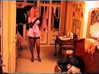 MRS SILK, What to wear, Part 1