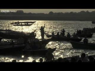Полное солнечное затмение (Ганг, Варанаси, Индия)