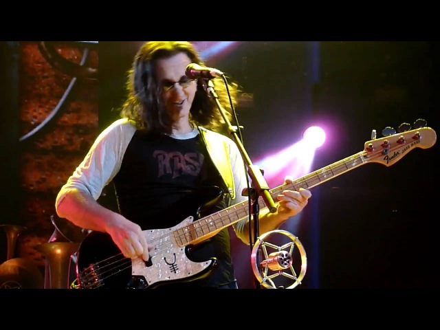 GEDDY LEE of RUSH Slappin' Da Bass Solo Leave That Thing Alone Cleveland Q Arena April 15 2011