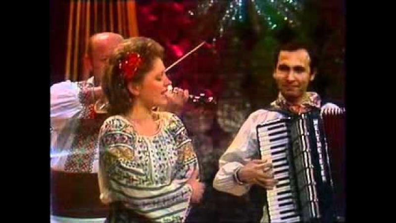Luminita Caluta - Sanie cu zurgalai, 1989