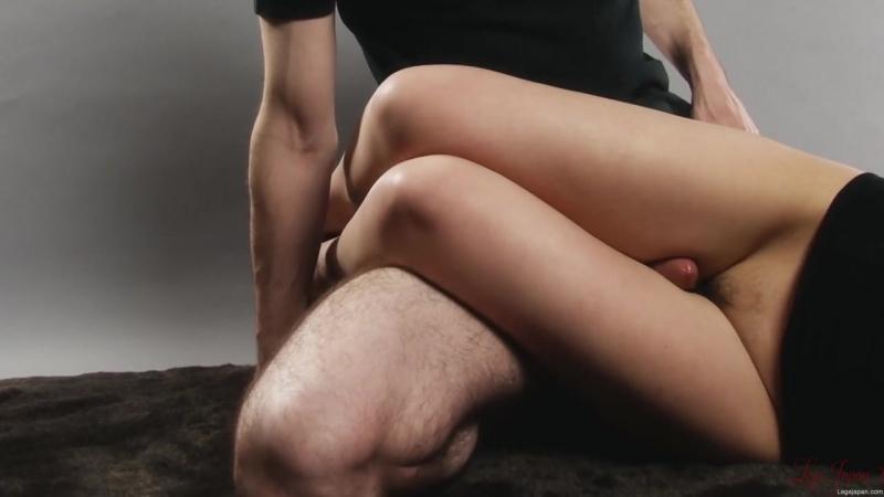 Legs make cum