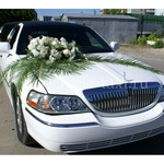 Украшения на свадьбу с живыми цветами