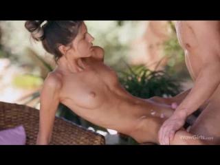 WowGirls - Gina Gerson (Spread Your Wings) порно как развести девушку на секс, минет