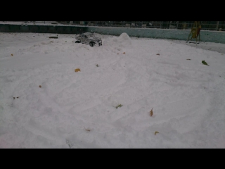 axial scx10 brushless snow fun