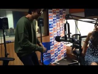 Watch Katrina Kaif and Ranbir Kapoor play Dumb Charades with RJ Archana at Radio City!