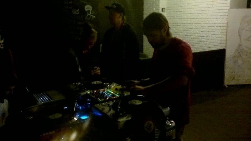 DJ Mr Switch в гостях у Scratchburg video 1
