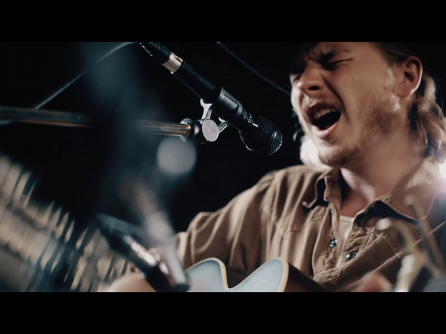 Brewery Sessions - Colter Wall - Sleeping on the Blacktop