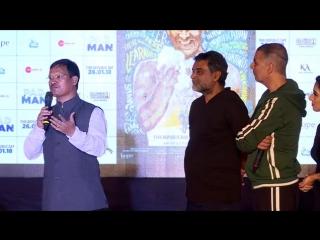 Акшай продвигает фильм #padman на iit bombay mood indigo.