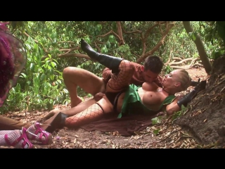 Blonde fairytail is so horny that cant help herself and fucks with her friends in the forest