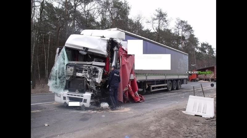 Аварии грузовиков Подборка страшных ДТП Грузовиков Фур Дальнобойщиков на видеорегистратор
