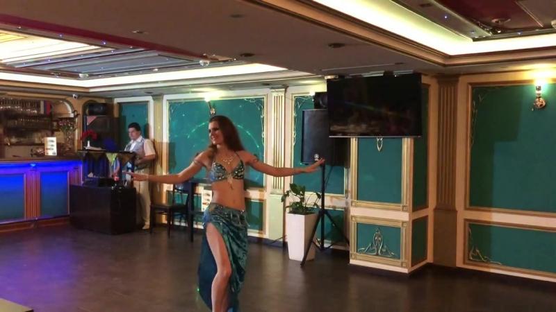 Выступление на восточной вечеринке Maharajan Alearabic (Отчетный концерт Союза Школ BellyDance) 13.05.2018 (1)