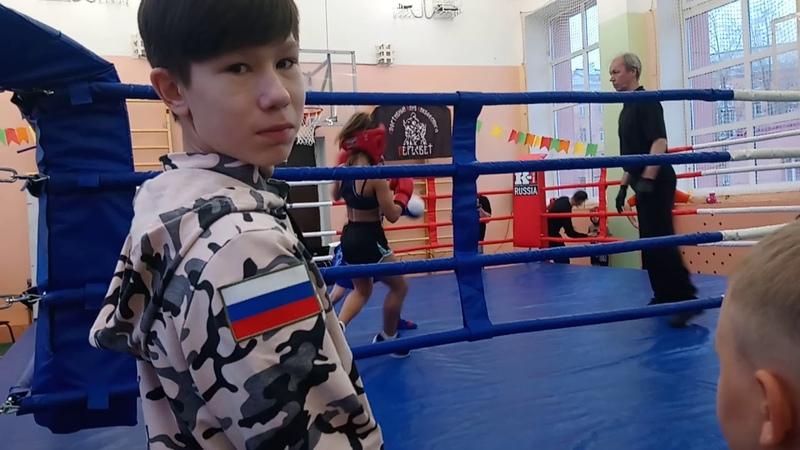 Бокс мв 24.11.19 Лена Пономарева ВСПК СПЕЦНАЗ синий-Лиза Мякушина ДЮСШ 2 красный.