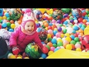 Lile Playing and Learning Colors with the help of Colorful Balls and Slide - Colors Nursery Rhyme