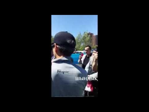 Болатбек Блялов на разрешенном митинге в Астане. 30.06.