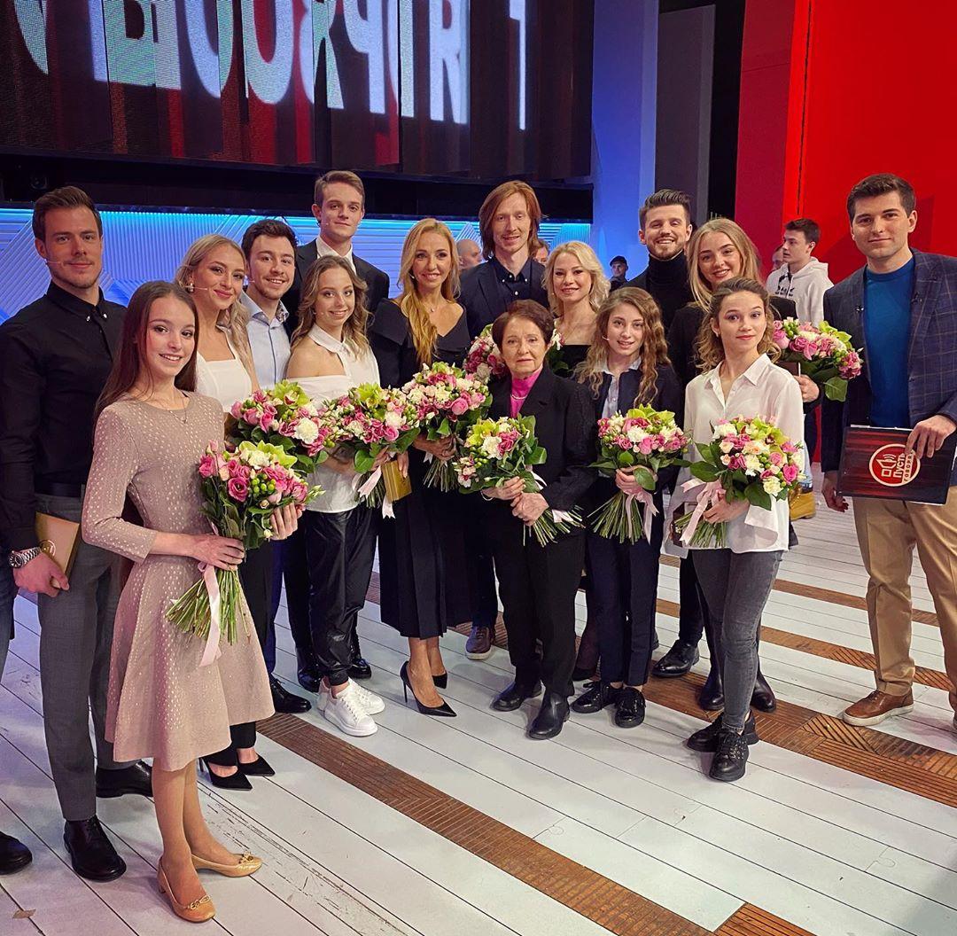 Татьяна Навка на ТВ и радио - Страница 13 _SdZhMjkTwE