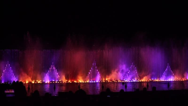 Шоу танцующих фонтанов. Протарас. Кипр.(ч.1 Классика)