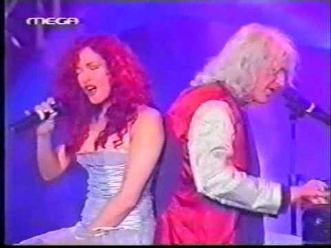 Anna Vissi Nikos Karvelas Antistrofi Metrisi O Teleftaios Xoros Dodeka Live @ Ariwn Awards 2002
