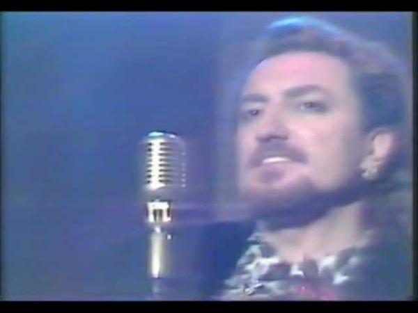 Tino Casal canta Eloise en el programa Viaje con nosotros TVE 1988
