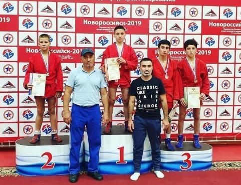 Юный самбист из КЧР золотой призер первенства страны