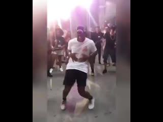 Chris Lake & Walker & Royce - Dance With Me