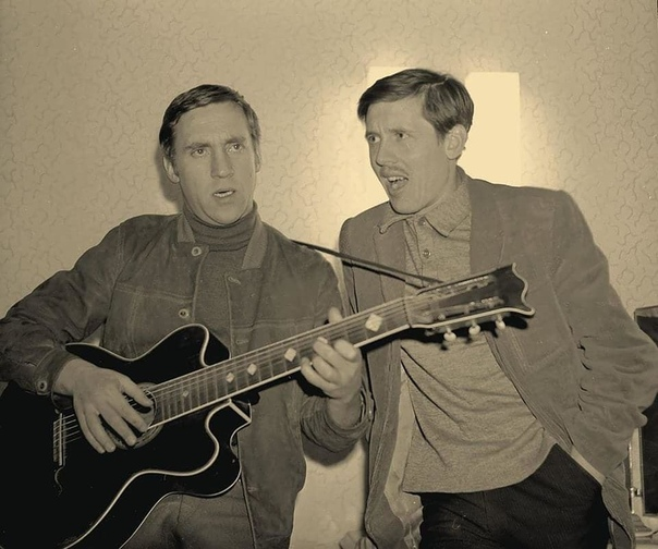 Весьма редкое фото. Владимир Высоцкий и Валерий Золотухин, 1970 г.