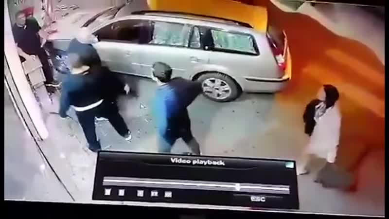 Never seen a street beating like dis