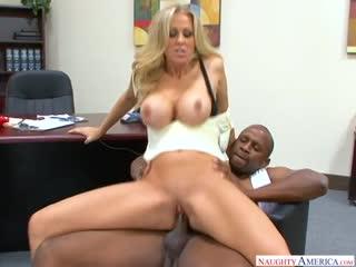 📼 Julia Ann - Зрелая секретарша [ milf, mature, big ass, pornstar, anal, мамки, зрелые, опытные, сперма, анал, большие сиськи ]