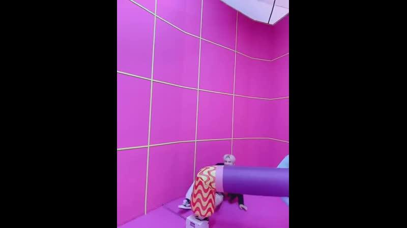 [ACE_VIDEO] - 김비트는 마지막으로 영상을 들고 왔습니다. - - 제목 공기와의 춤 한.판.승.부! - - 에어풍선 vs 와우 - - 과연...우승자는.