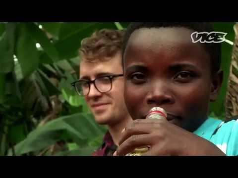 VICE Алкогольная эпидемия в Уганде