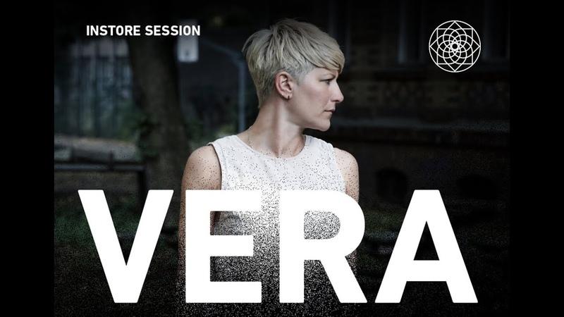 Yoyaku instore session Vera