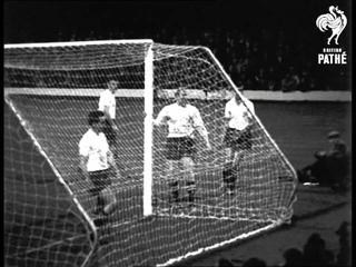 Football League 5 V Irish League 2 (1960)