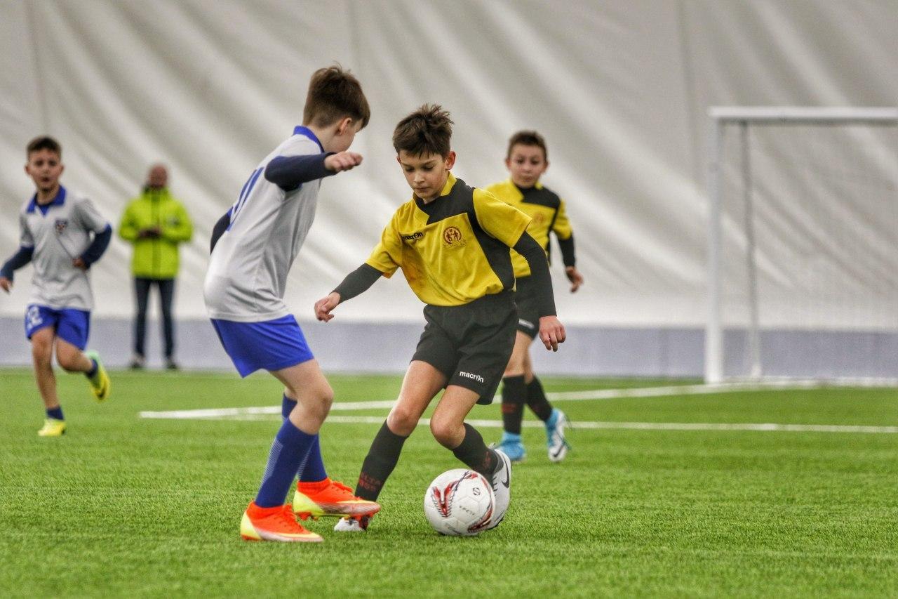 В брестском футбольном манеже состоялось открытие международного детского турнира