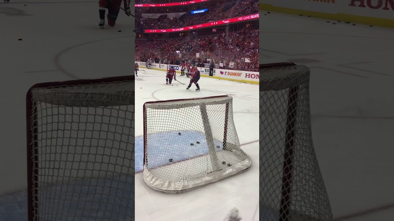 Ovechkin from the office in warmups