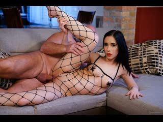 Nikki Fox - The Young Domme From Next Door  [2020 г., Blowjob, Femdom, Fetish, Babes, Brunette, Old-Young]