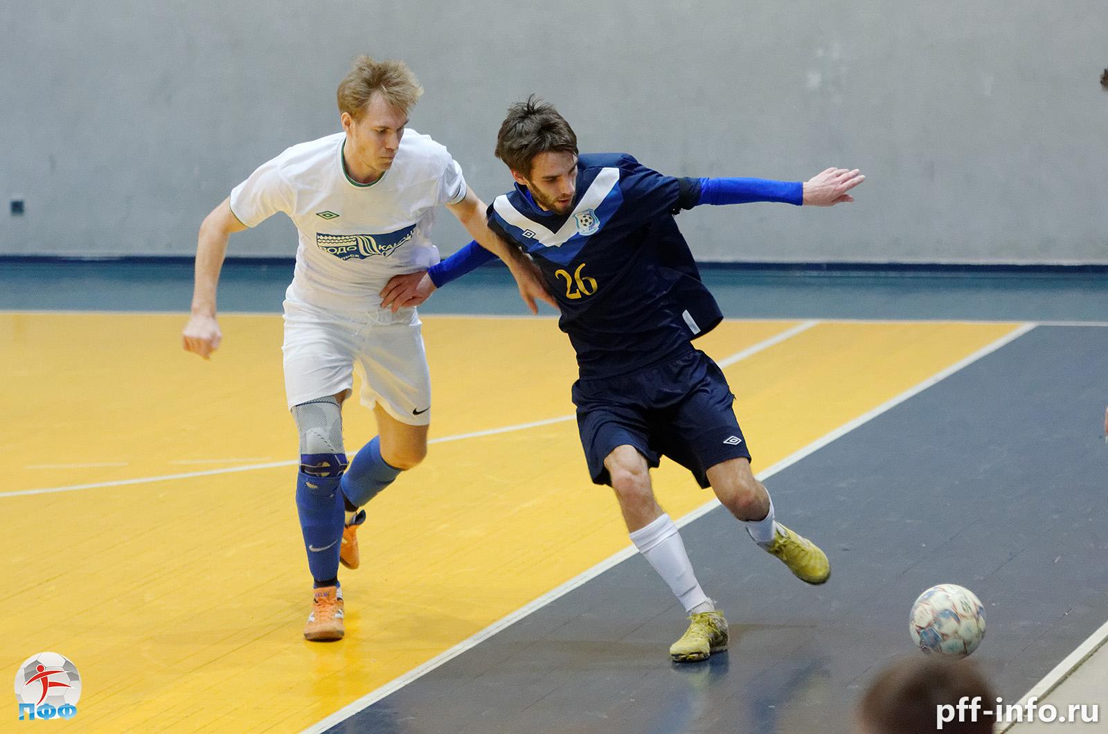 Три команды в последнем туре разыграют золото Чемпионата Подольска по мини-футболу